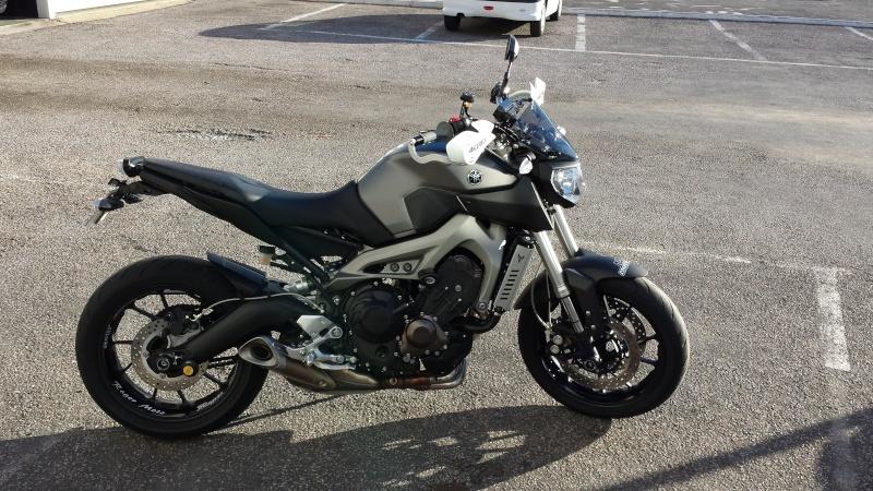 Photos de toutes les Yamaha MT-09 du forum ! :) 125142Yy111