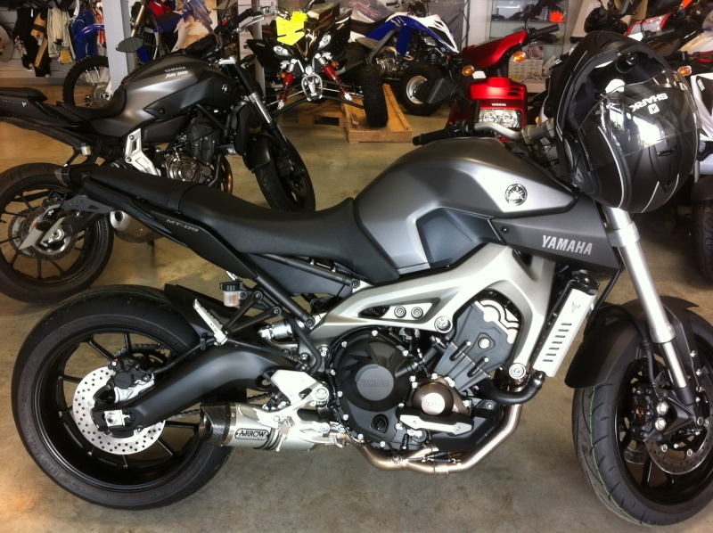 Photos de toutes les Yamaha MT-09 du forum ! :) 125575YLOLO76