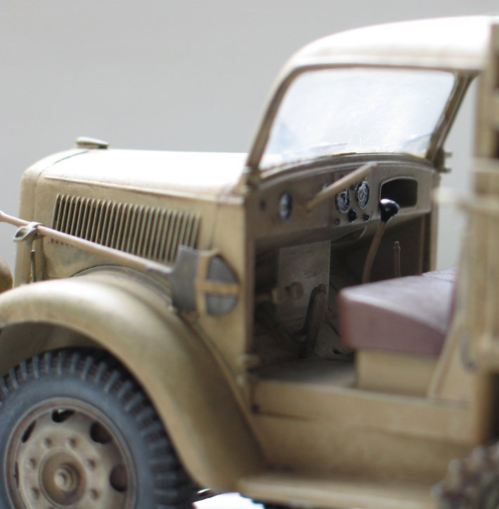 Opel Maultier  Dragon 1/35 - Page 2 126175modles122005