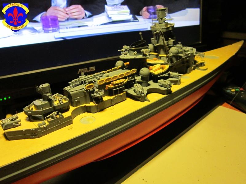 Croiseur de bataille Scharnhorst  au 1/350 de dragon - Page 6 126800IMG1381L