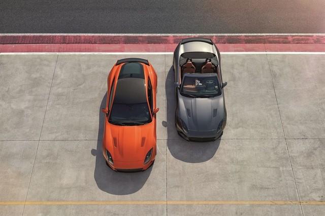 Nouvelle Jaguar F-TYPE SVR : La Supercar Capable D'atteindre 322 km/h Par Tous Les Temps 131259JAGUARFTYPESVR01LOCATIONRANGELowRes