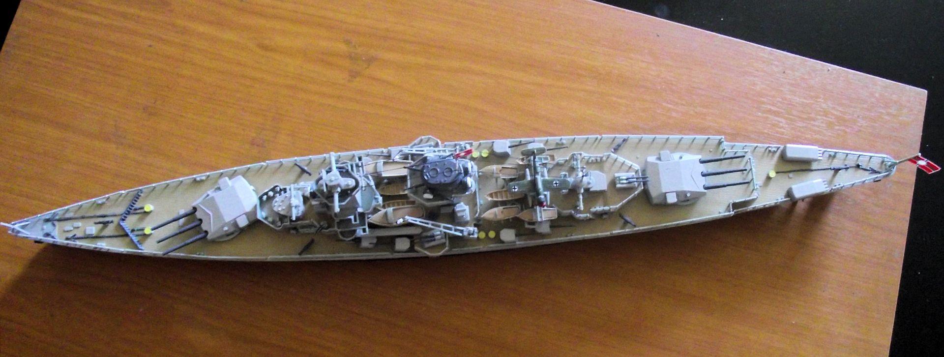 Admiral Graf Spee 1/350 Academy  132995DSCF0808