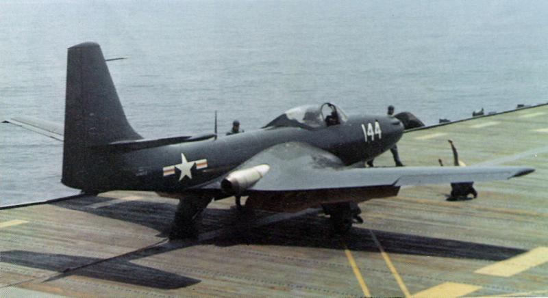 GRUMMAN F9F PANTHER  134872FH_1_Phantom_on_USS_Saipan_May_1948