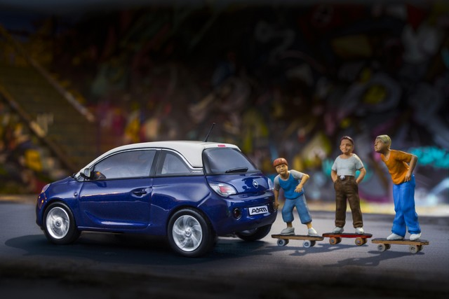 L'Opel ADAM est unique dans toutes les tailles  13533520131218opeladam289353