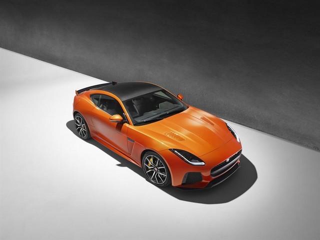 Nouvelle Jaguar F-TYPE SVR : La Supercar Capable D'atteindre 322 km/h Par Tous Les Temps 135784JAGUARFTYPESVR39COUPEStudioLowRes