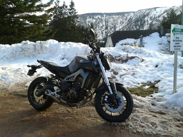 Photos de toutes les Yamaha MT-09 du forum ! :) 136917YSEB67GAZTEROPODES