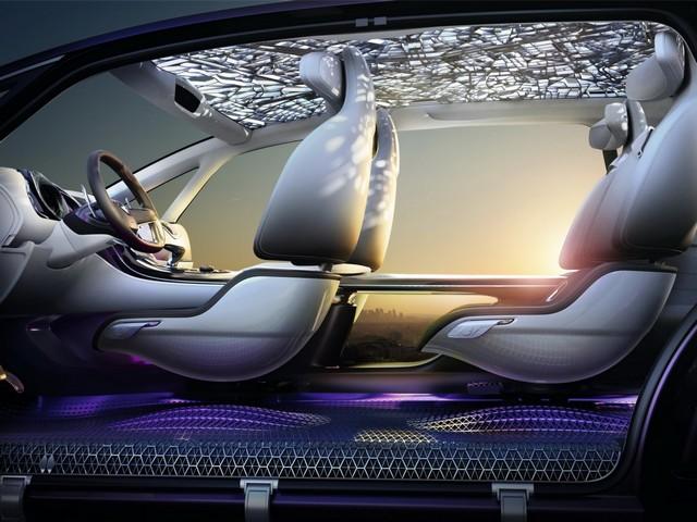 Renault Initiale Paris concept : Première photo en fuite 137053RenaultInitialeParisConcept3