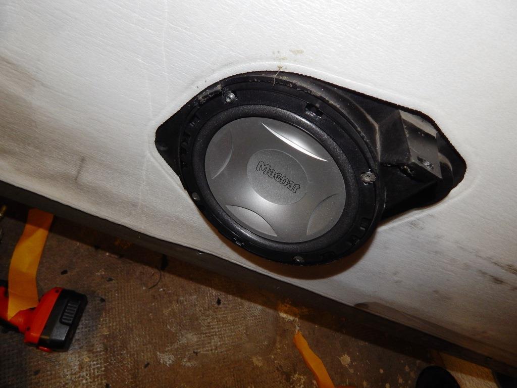 Besoin d'aide pour une installation audio Pioneer 139311DSCN2670