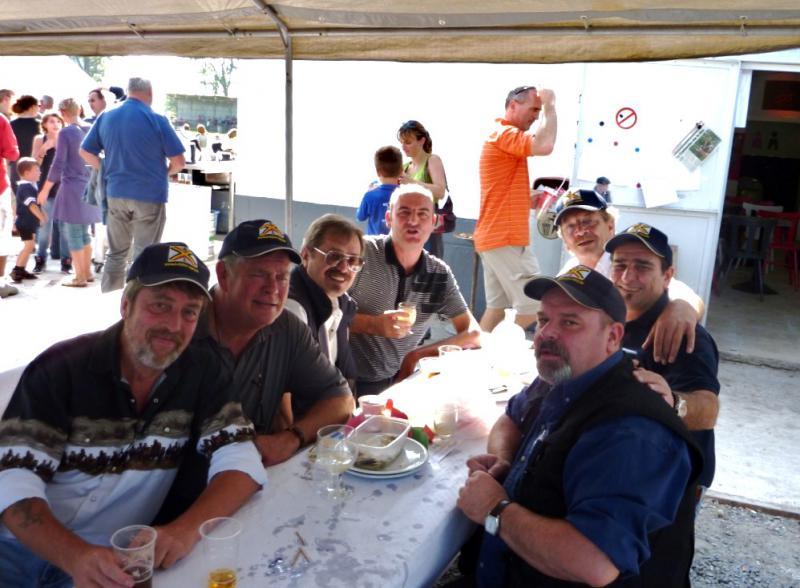 Photos de la rencontre à Ghlin 04 09 2010 - Page 2 141904P1000461