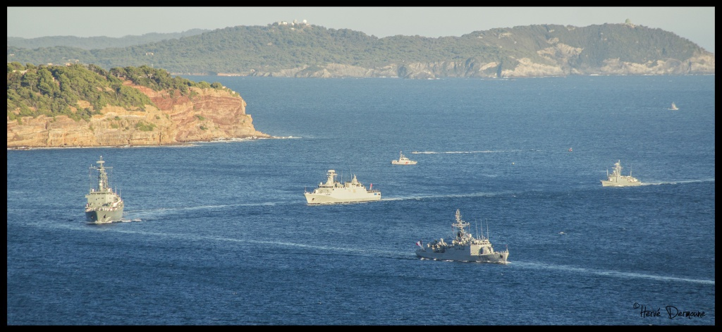 La Marine Royale à la revue navale de Toulon - 15 août 2014 - Page 2 144125DSC08815