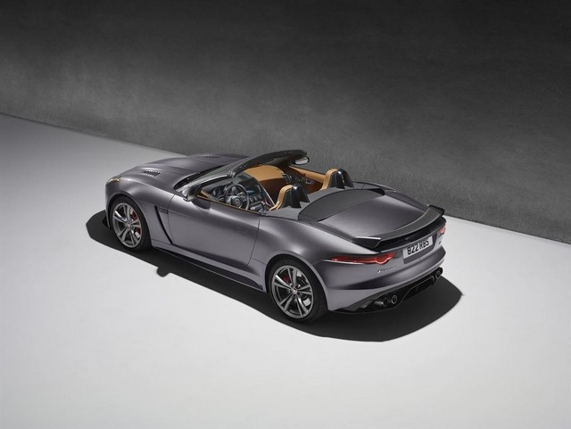 Nouvelle Jaguar F-TYPE SVR : La Supercar Capable D'atteindre 322 km/h Par Tous Les Temps 144231JAGUARFTYPESVR53CONVERTIBLEStudioLowRes