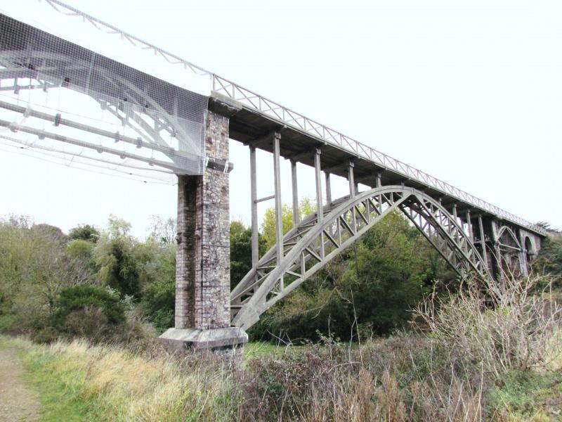 Chemin de fer des Côtes du Nord - le viaduc de Caroual (Erquy) 146592IMG6540