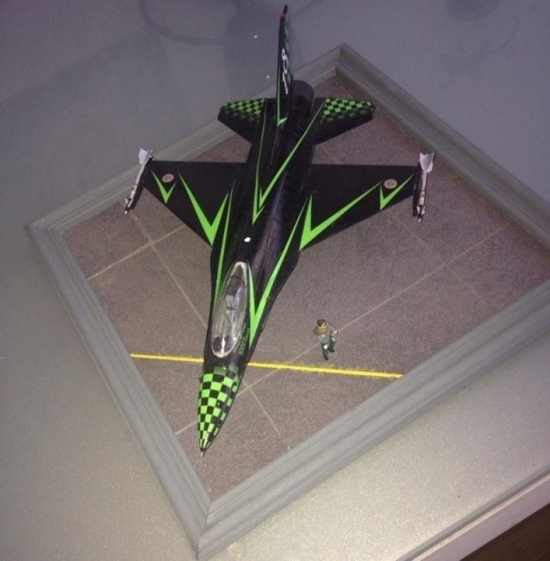 F16 sur piste 146632image17