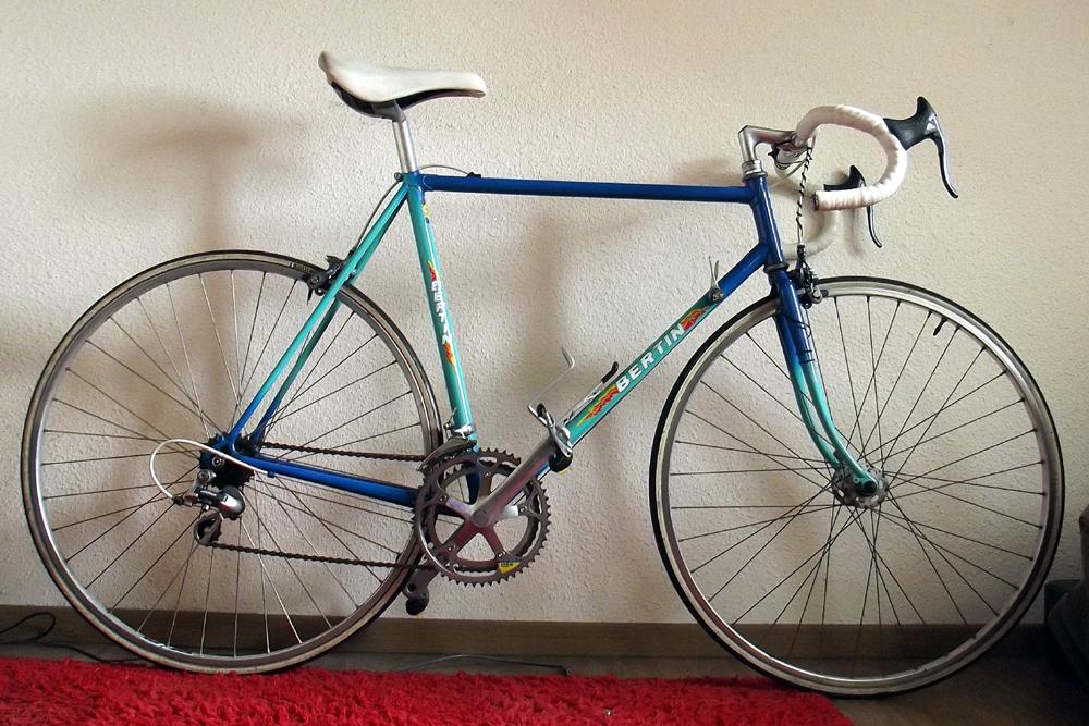 Recherche marque, modèle et date de ce vélo - Page 2 146978DSCF7016