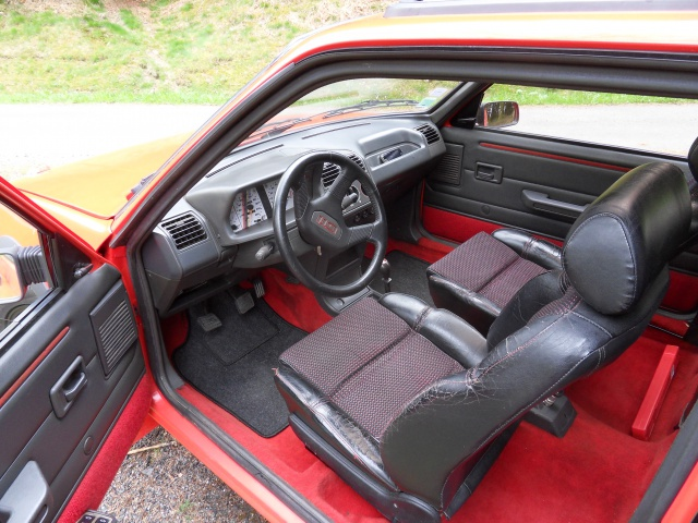 [AutoRétro-63]  205 GTI 1L9 - 1900cc rouge vallelunga - 1990 149829SDC17785