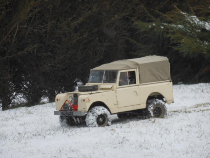 Erik : carrossier voitures miniatures , artisan formeur de tôle 151082DSCN5419