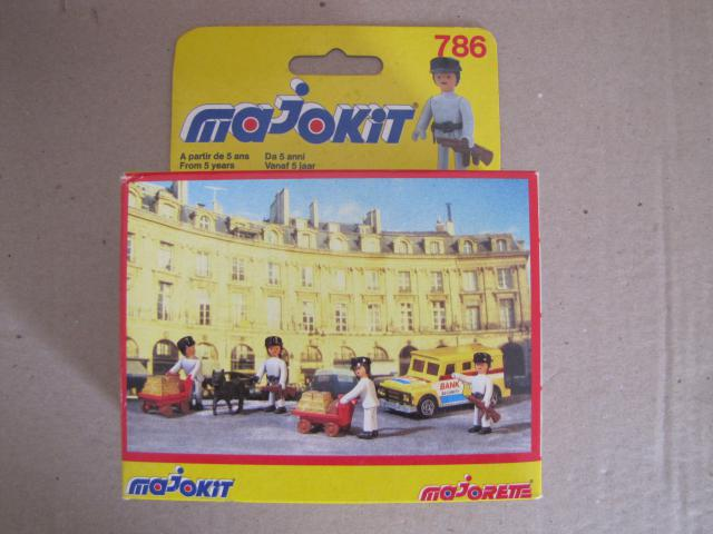 Tout sur la gamme MAJOKIT - Majorette - scan, cata, boite... 155420IMG_2988