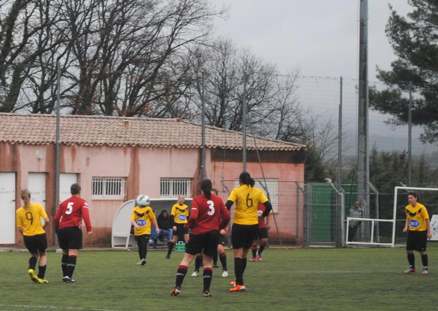 """LA SAINTE VICTOIRE DONNERA AU FC ROUSSET FOOT UN AVENIR """"SACREMENT """" GLORIEUX ! - Page 9 157651DSC0205"""