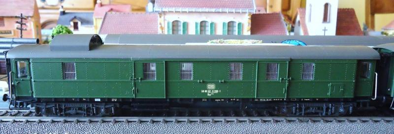 Roco ho: voitures de la DB pour train express 159128DSC03554