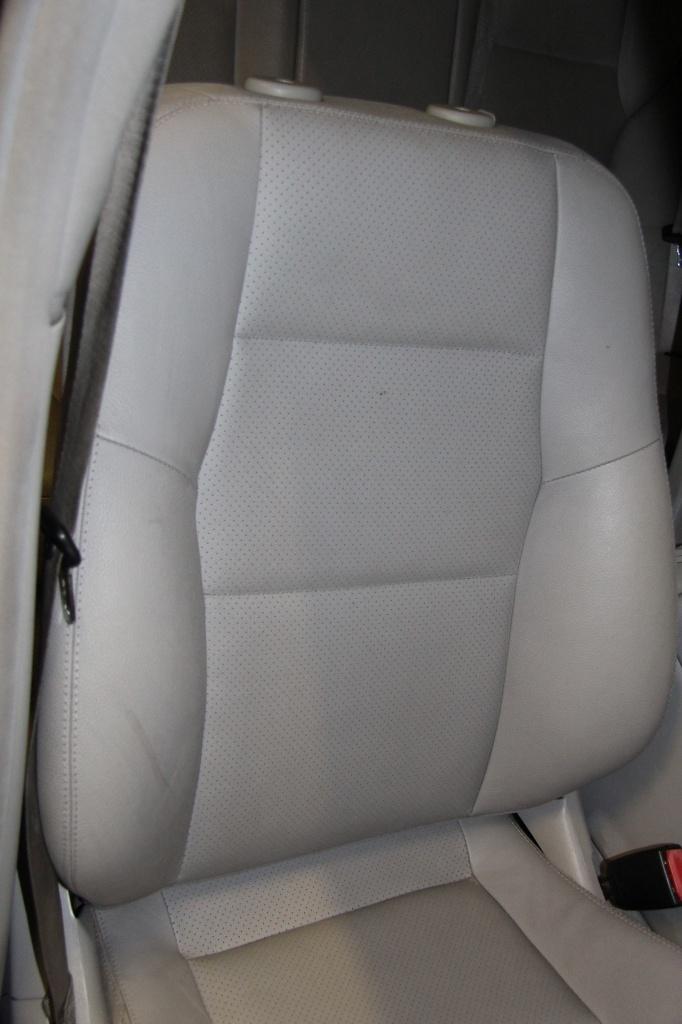 Pulizia Interni in Pelle - Mercedes C220 LETAMAIO 166999IMG1462