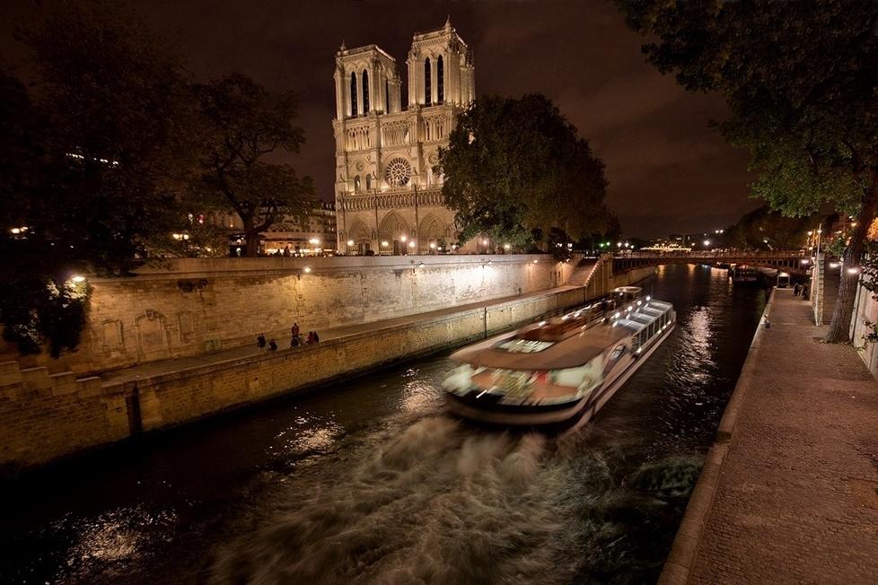 Les louloups à Paris :P 169513paris5