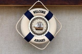 Bienvenue à bord du New Port Bay Club pour une croisière du 4 au 8 février 2013 17162955a