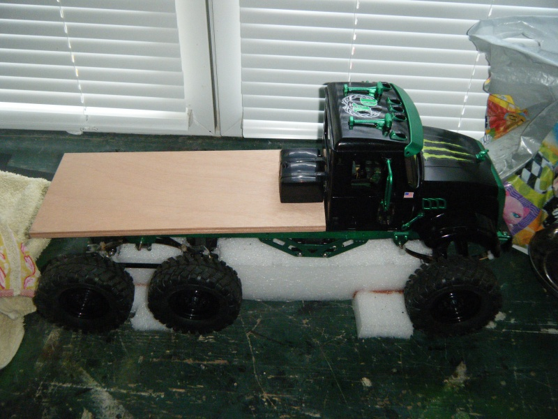 Mack 6x4 Monster Energy (FINI en attente d'un arceau) 171674DSCF3035