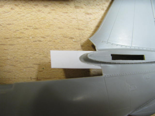 Curtiss SB2C-4 Helldiver  Revell 1/48  172173G12