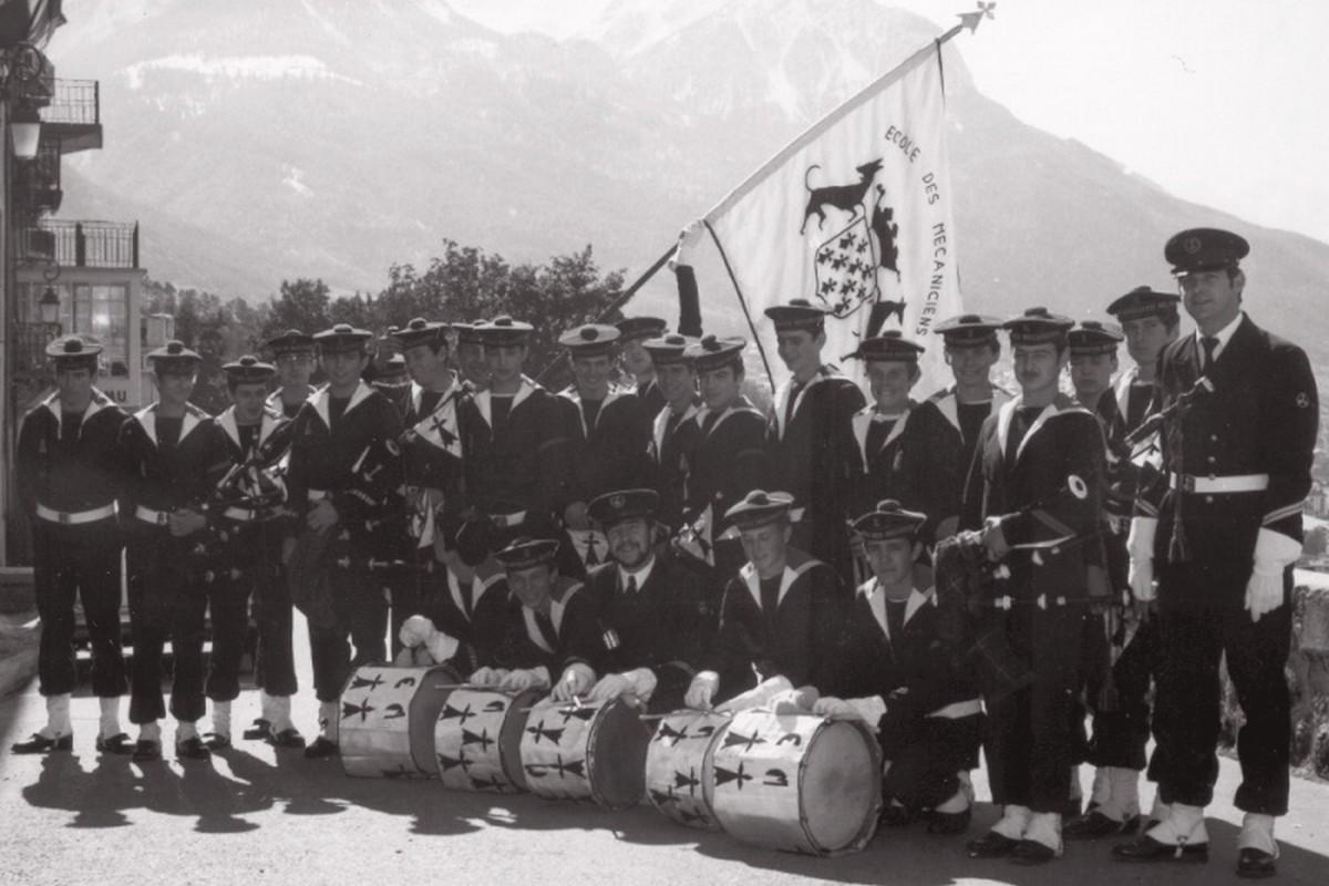 [Musique dans la Marine] Bagad de Saint Mandrier - Page 2 173859bagad11