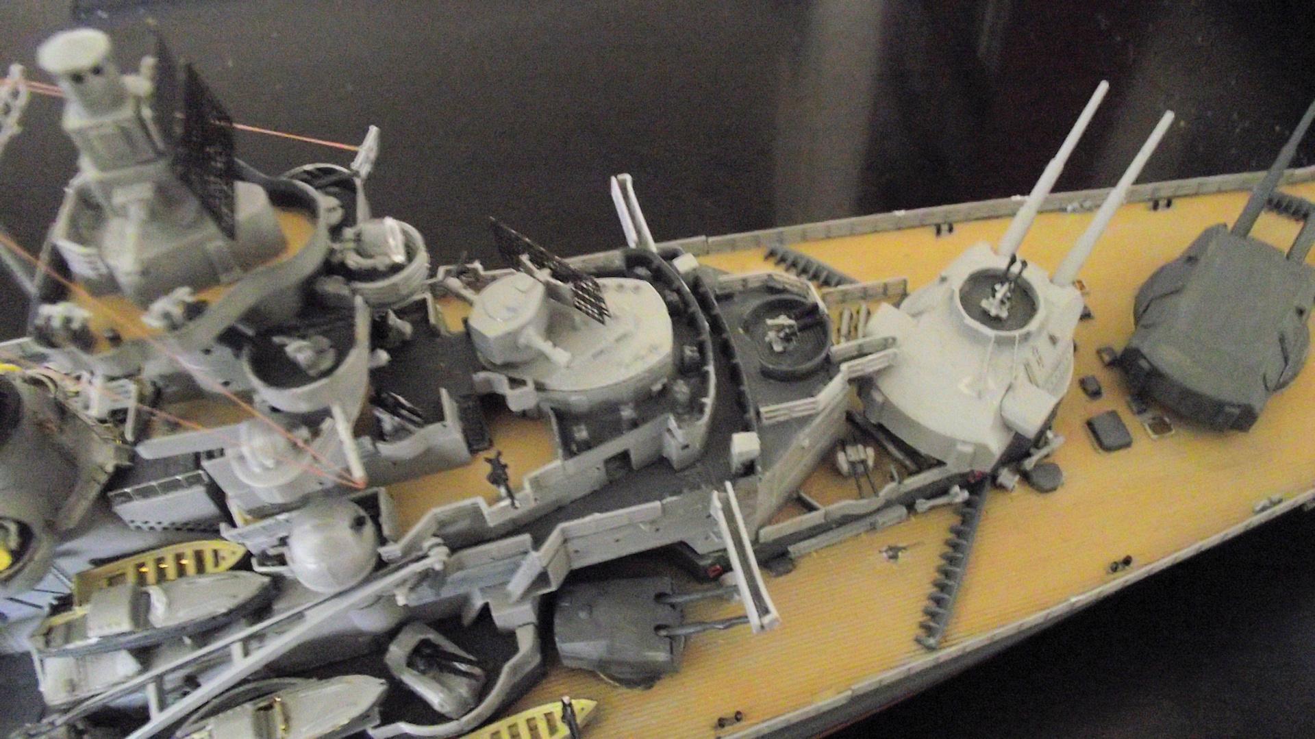 Tirpitz Revell au 1x350 avec PE - Page 2 175957TirpitzRevell1x35031