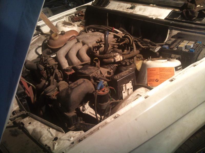 Mon BMW 323i E30  BAUR 175978DSC1860