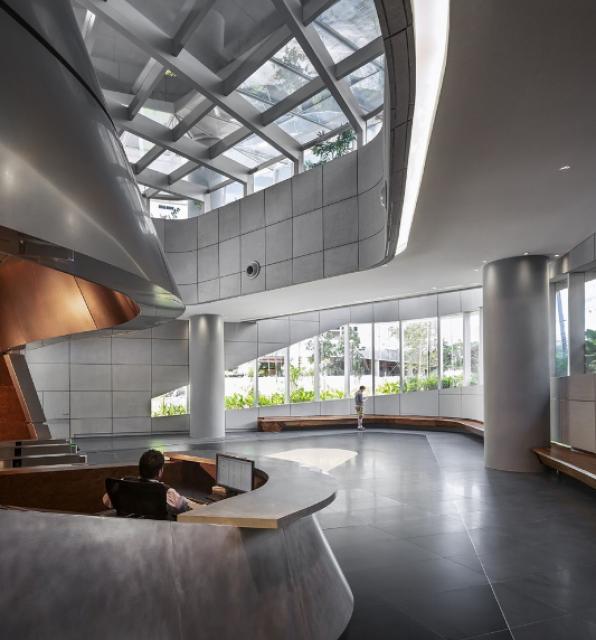 [Lucasfilm] Inauguration du Sandcrawler building à Singapour (2013)  177122scb12