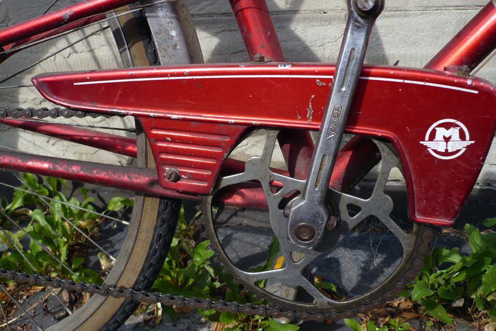 Motoconfort 1974 (rouge) 177251confort007
