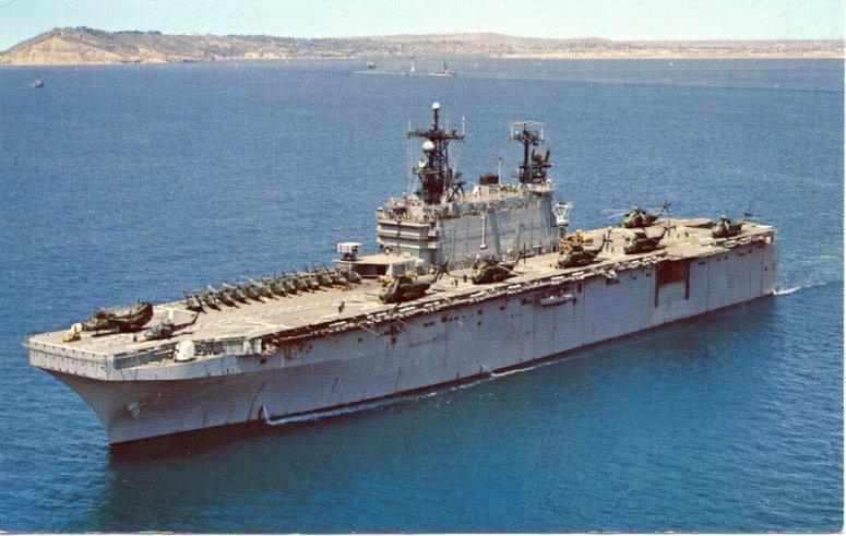 BÂTIMENTS DE PROJECTION ET DE COMMANDEMENT CLASSE MISTRAL 180628USS_Tarawa