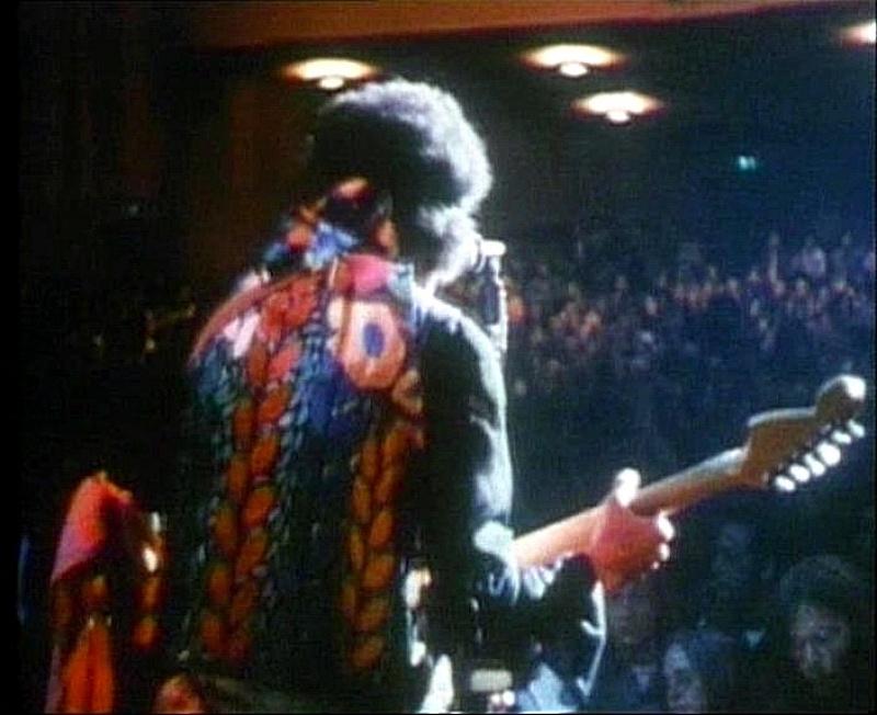 Berkeley (Berkeley Community Theatre) : 30 mai 1970 [Premier concert] 18695419700530Berkeley1stShow01