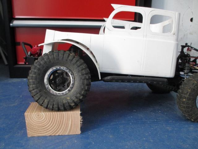 Futur projet, Dodge Legacy power wagon - Page 3 190777IMG1415