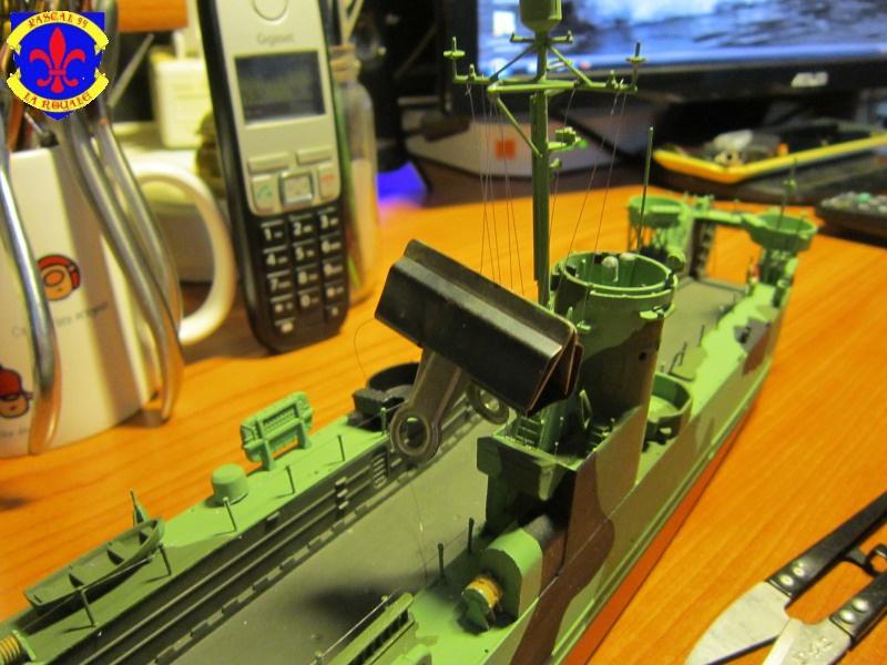 U.S. Navy Landing Ship Médium (Early) au 1/144 de Revell par Pascal 94 - Page 13 191876IMG43441