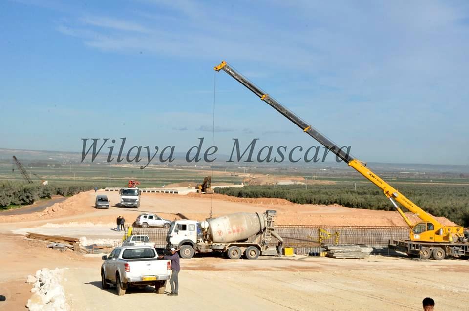 مشاريع المنشأت القاعدية بالجزائر 198741165084264065272330280644719532588452610922n