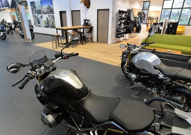 MOTO LOFT: Une nouvelle concession BMW Motorrad en Ile de France 201264P90208085highResmotoloftanewbmw