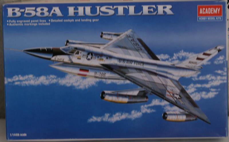 [Academy] B-58 Hustler 1/144 201329DSC00253