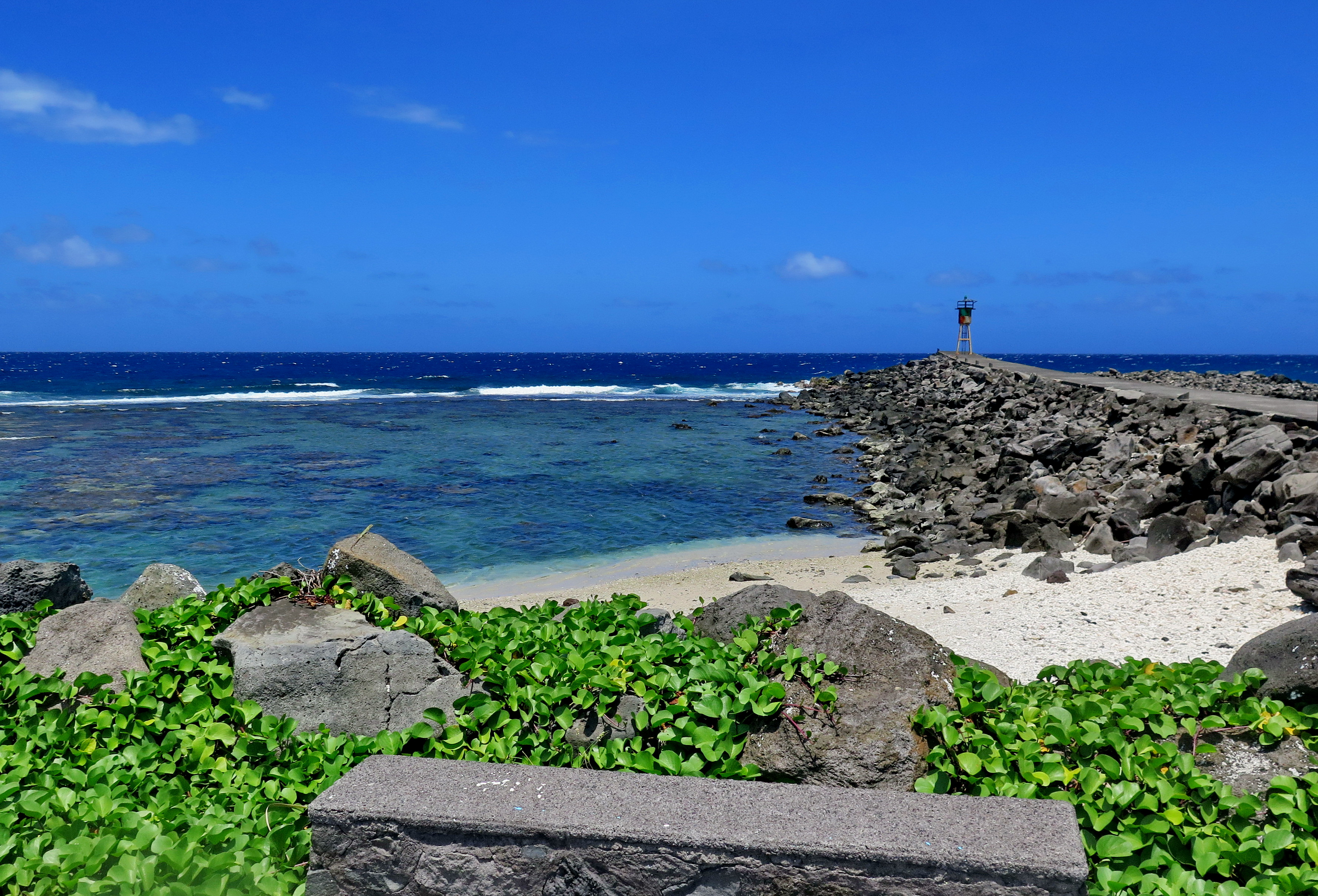 [Vie des ports] Les ports de la Réunion - Page 4 205022IMG0430