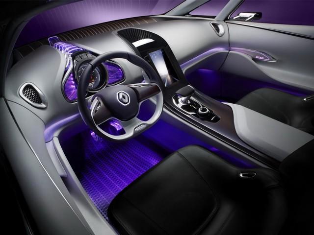 Renault Initiale Paris concept : Première photo en fuite 205663RenaultInitialeParisConcept4