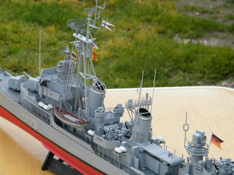 Destroyer Fletcher-Class au 1/144 20602120110723bartjeanjvido0197