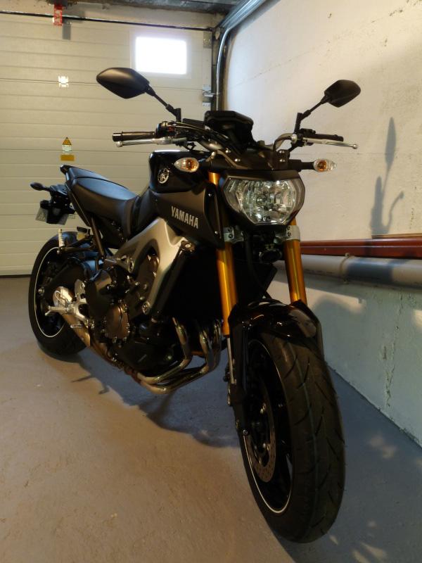 Photos de toutes les Yamaha MT-09 du forum ! :) 207540Y21130211