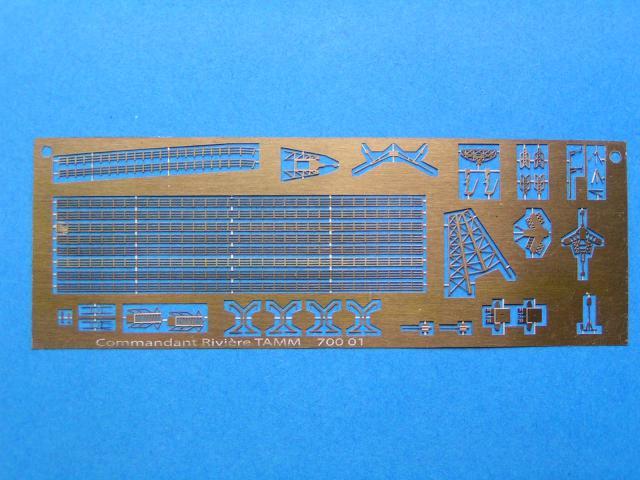 Création et fabrication d'un bateau au 700ème en scratch intégral 209643PICT0103