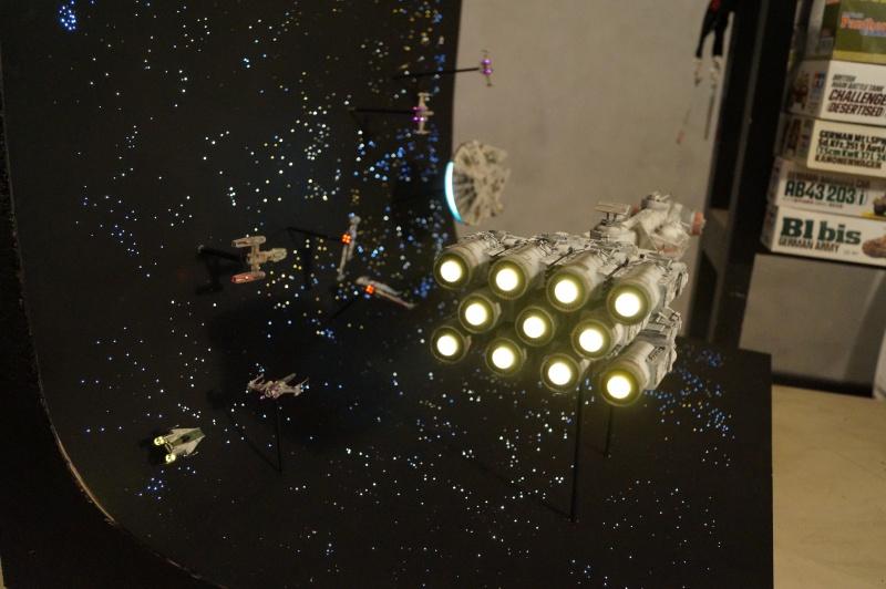 STAR WARS : Diorama Flotte rebelle - Page 4 209652DSC00812