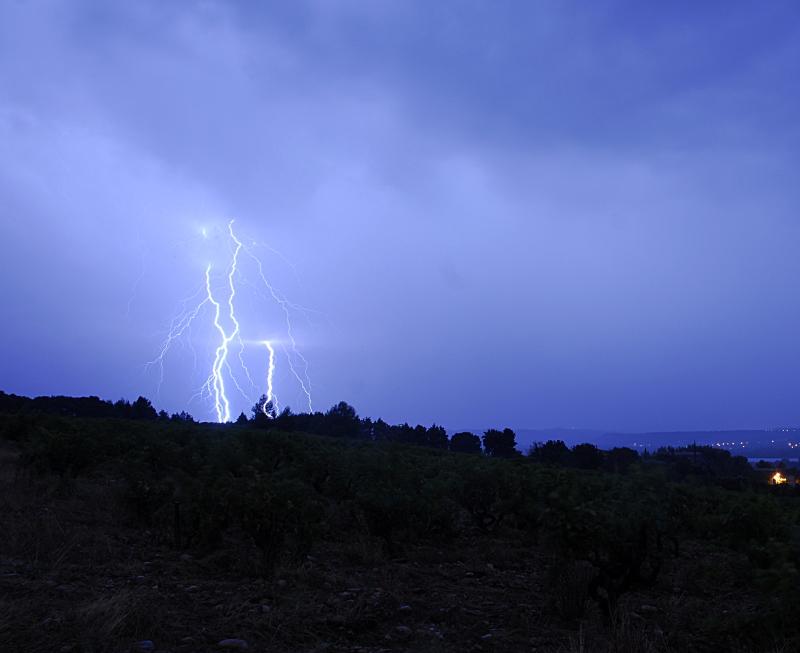 Suivi des orages en France saison 2010 - Page 2 210394_DSC1182