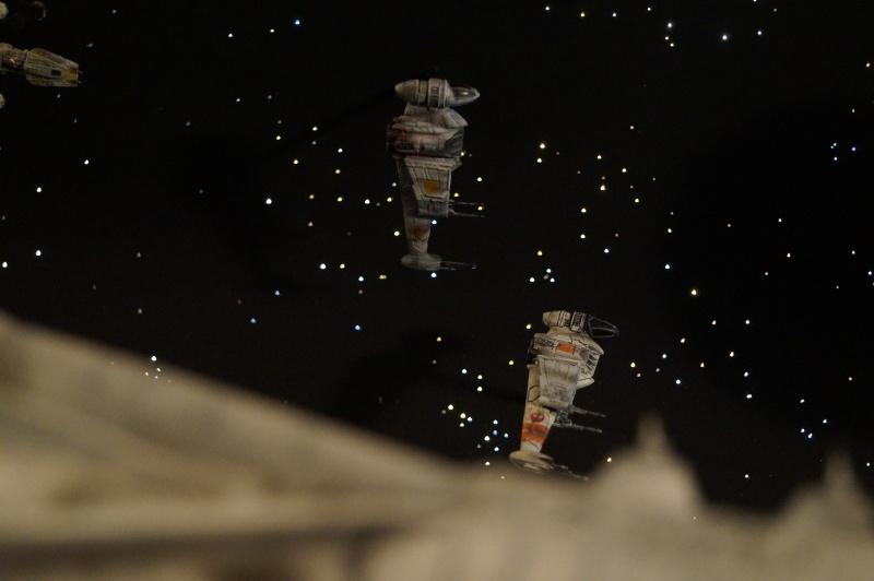 STAR WARS : Diorama Flotte rebelle - Page 4 212335DSC00809