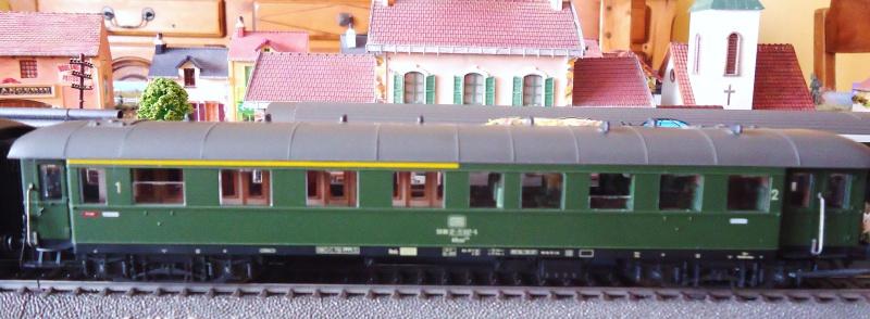 Roco ho: voitures de la DB pour train express 213130DSC03551