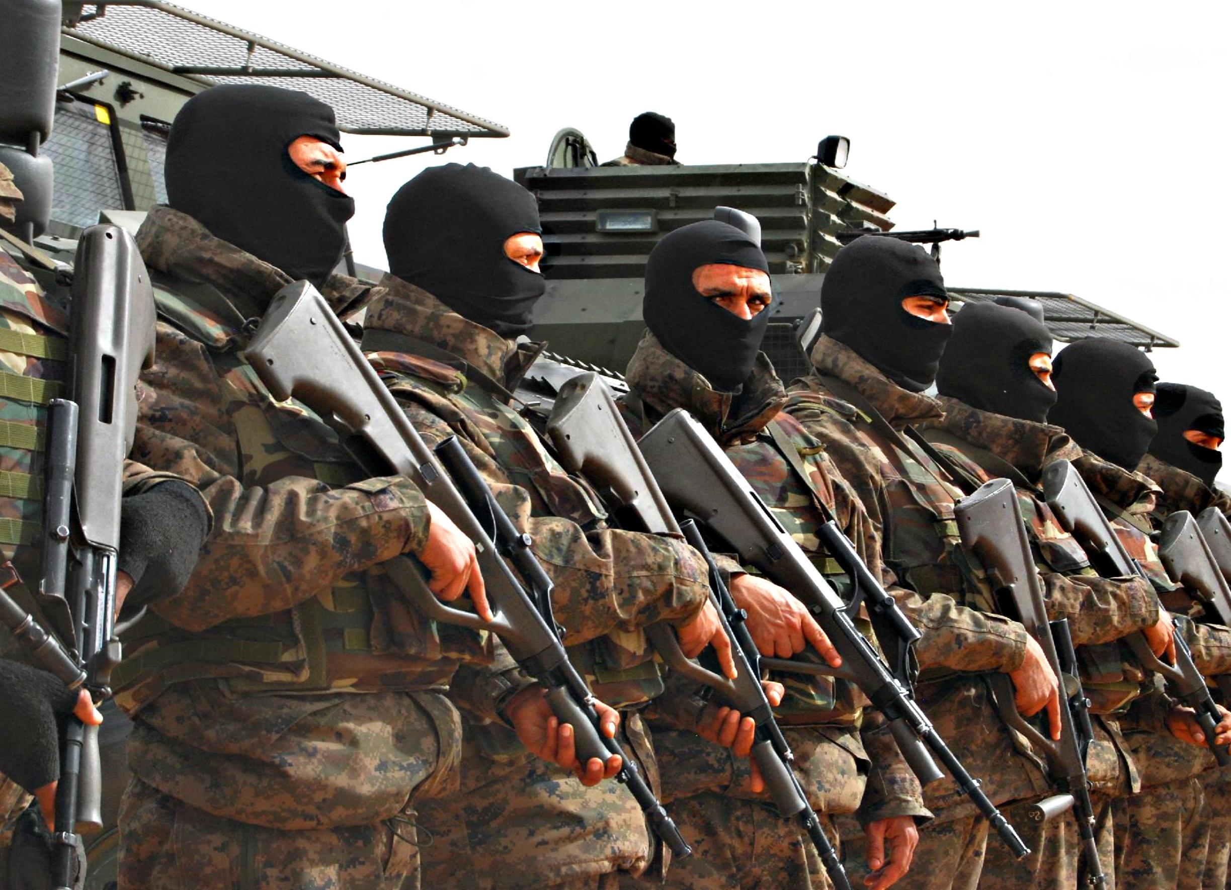 Armée Tunisienne / Tunisian Armed Forces / القوات المسلحة التونسية - Page 2 21521701176c84b70fb3068f0f6a7067002673